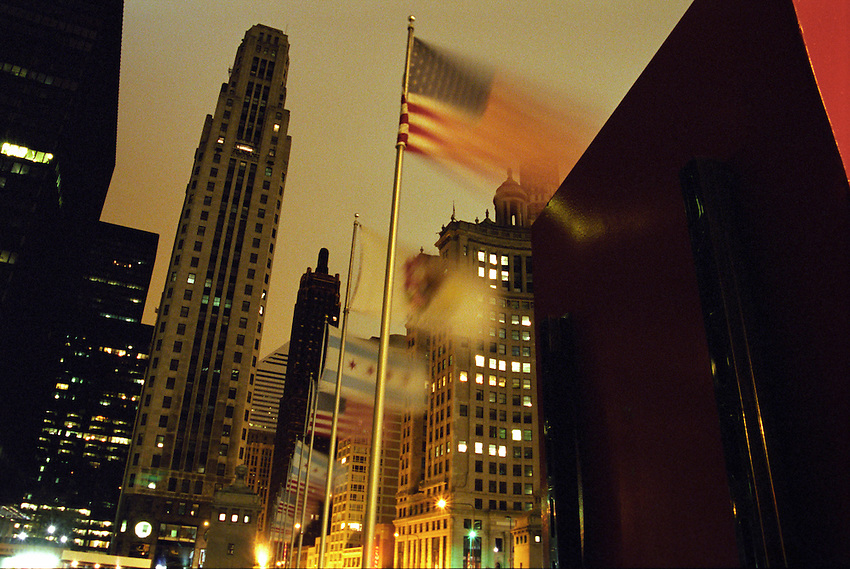 Flags a flutter Michigan Avenue Bridge 5 am, Chicago Illinois, USA