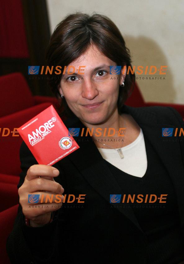 Roma, 24/03/06 Sala stampa della Camera, presentazione  della campagna elettrale dei Giovani Comunisti. Nella foto Titti de Simone deputata nazionale del Parito di rifondazione Comunista.<br /> Photo Samantha Zucchi Insidefoto