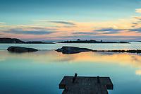 Låga skär i ytterskärgården på Ut-Fredel iStockholms skärgård. / Outer Stockholms archipelago Sweden.