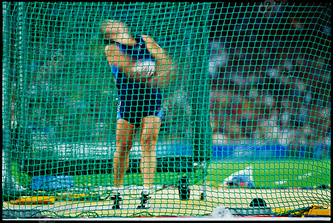 Hammer throw, women, Summer Olympics, Sydney, Australia, September 2000.