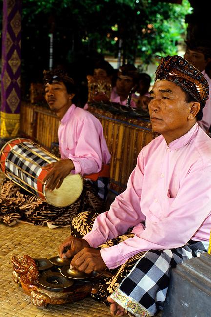 INDONESIA, BALI, GAMELAN ORCHESTRA, CYMBALS (CANG CANG)