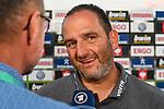 10.08.2019, Donaustadion, Ulm, GER, DFB Pokal, SSV Ulm 1846 Fussball vs 1. FC Heidenheim, <br /> DFL REGULATIONS PROHIBIT ANY USE OF PHOTOGRAPHS AS IMAGE SEQUENCES AND/OR QUASI-VIDEO, <br /> im Bild Frank Schmidt (Heidenheim) im Interview mit der ARD<br /> <br /> Foto © nordphoto / Hafner