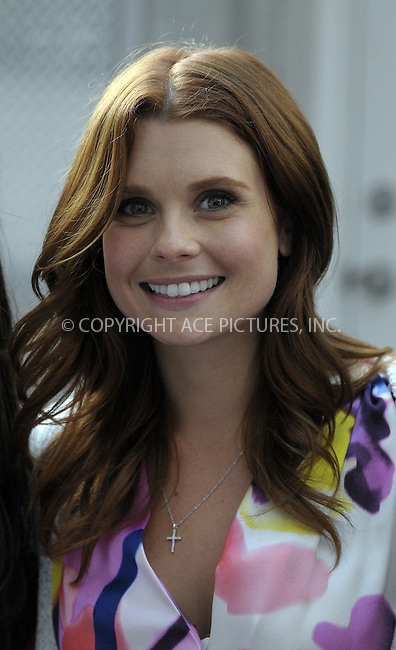 WWW.ACEPIXS.COM . . . . .  ....July 24 2009, New York City....Actress Joanna Garcia was on the set of the TV show 'Gossip Girl' on the Upper East Side on July 24 2009 in New York City....Please byline: AJ Sokalner - ACEPIXS.COM..... *** ***..Ace Pictures, Inc:  ..tel: (212) 243 8787..e-mail: info@acepixs.com..web: http://www.acepixs.com