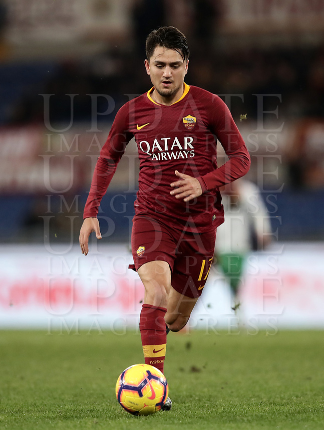 Football, Serie A: AS Roma - US Sassuolo, Olympic stadium, Rome, December 26, 2018. <br /> Roma's Cengiz Under in action during the Italian Serie A football match between Roma and Sassuolo at Rome's Olympic stadium, on December 26, 2018.<br /> UPDATE IMAGES PRESS/Isabella Bonotto