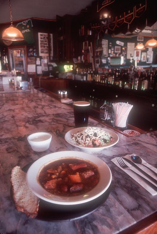 Galway Bay Irish Restaurant and Pub, Ocean Shores, Long Beach Peninsula, Pacific County, Washington State, Pacific Northwest, U.S.A.,