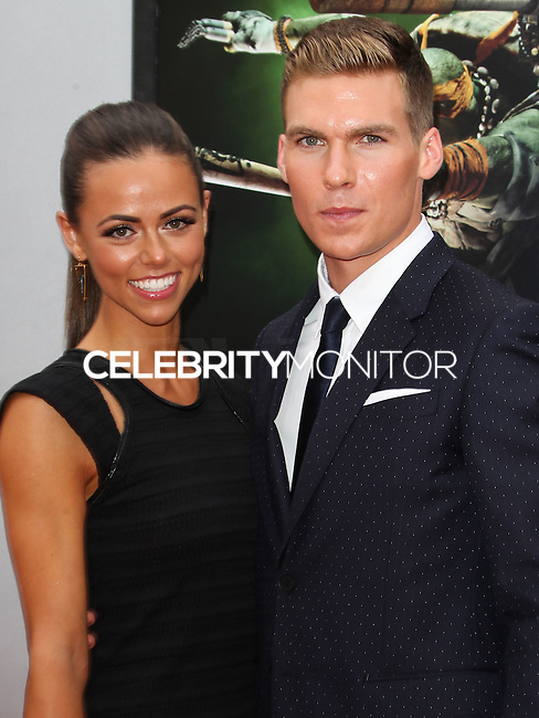 WESTWOOD, LOS ANGELES, CA, USA - AUGUST 03: Daniela Kende, Pete Ploszek at the Los Angeles Premiere Of Paramount Pictures' 'Teenage Mutant Ninja Turtles' held at Regency Village Theatre on August 3, 2014 in Westwood, Los Angeles, California, United States. (Photo by Celebrity Monitor)