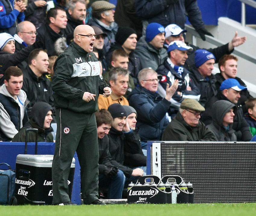 Reading's Manager Brian McDermott reacts..Football - Barclays Premiership - Queens Park Rangers v Reading - Sunday 4th November 2012 - Loftus Road - London..