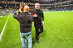 Solna 2015-08-10 Fotboll Allsvenskan AIK - Djurg&aring;rdens IF :  <br /> AIK:s sportchef Bj&ouml;rn Wesstr&ouml;m kramar om Jos Hooiveldefter matchen mellan AIK och Djurg&aring;rdens IF <br /> (Foto: Kenta J&ouml;nsson) Nyckelord:  AIK Gnaget Friends Arena Allsvenskan Djurg&aring;rden DIF jubel gl&auml;dje lycka glad happy glad gl&auml;dje lycka leende ler le