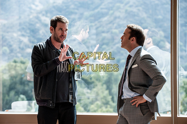 Director/writer/producer Doug Ellin with Jeremy Piven on the set of the Warner Bros. Pictures,' Home Box Office's and RatPac-Dune Entertainment's comedy &quot;ENTOURAGE,&quot; a Warner Bros. Pictures release.<br /> *Filmstill - Editorial Use Only*<br /> CAP/NFS<br /> Image supplied by Capital Pictures
