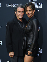 "15 May 2019 - Hollywood, California - Ian McShane, Halle Berry. ""John Wick: Chapter 3 - Parabellum"" Special Screening Los Angeles held at the TCL Chinese Theatre.     <br /> CAP/ADM/BT<br /> ©BT/ADM/Capital Pictures"