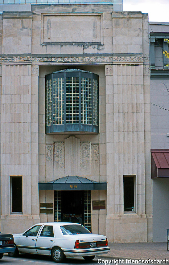 Austin:  905 Congress--Art Deco. Note resemblance to Vienna Secession Style.