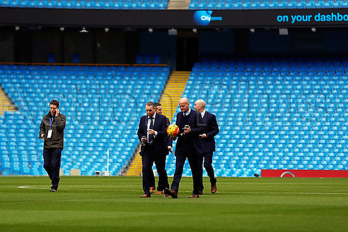 05.03.2016. The Etihad, Manchester, England. Barclays Premier League. Manchester City versus Aston Villa. Referee Lee Mason walks on the pitch before the game
