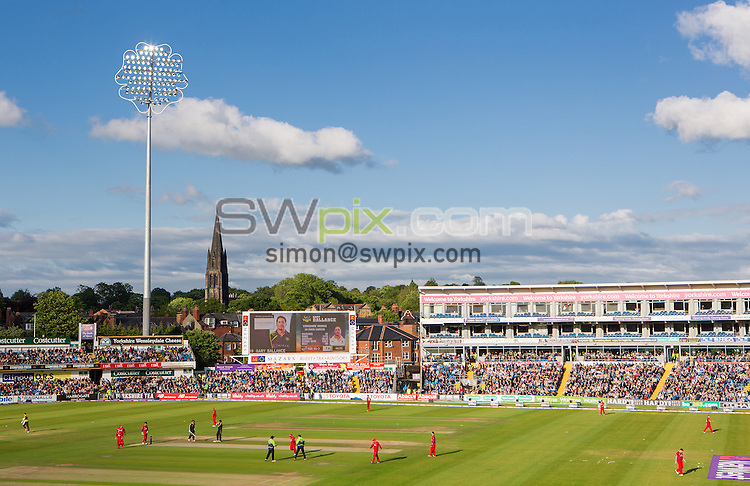 Picture by Alex Whitehead/SWpix.com - 05/06/2015 - Cricket - NatWest T20 Blast - Yorkshire Vikings v Lancashire Lightning - Headingley Cricket Ground, Leeds, England - GV, General View.