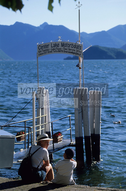 Europe/Italie/Lac de Come/Lombardie/Bellagio : Embarcadère