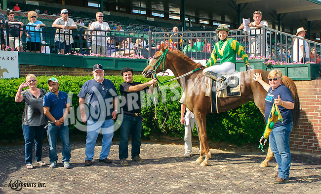 A. P. Cino winning at Delaware Park on 5/30/15