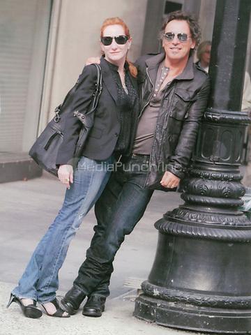 Bruce Springsteen & wife Patty 2003<br /> Photo By John Barrett-PHOTOlink.net / MediaPunch