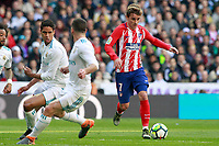 Real Madrid's Raphael Varane (l) and Daniel Carvajal (c) and Atletico de Madrid's Antoine Griezmann during La Liga match. April 8,2018. (ALTERPHOTOS/Acero) /NortePhoto NORTEPHOTOMEXICO