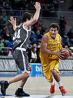 Herbalife Gran Canaria's Tomas Bellas (r) and Uxue Bilbao Basket's Raul Lopez during Spanish Basketball King's Cup match.February 07,2013. (ALTERPHOTOS/Acero) /NortePhoto