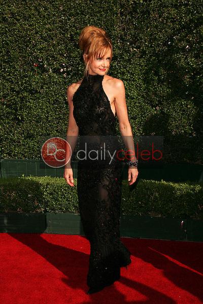 Swoosie Kurtz<br /> Arriving at the 2005 Primetime Creative Arts Emmy Awards, Shrine Auditorium, Los Angeles, CA 09-11-05<br /> David Edwards/DailyCeleb.Com 818-249-4998