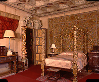 Hearst Castle: South Doges Bedroom.  (Finley-Holiday Films)