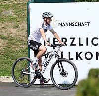 Sebastian Rudy (Deutschland Germany) auf dem Fahrrad - 26.05.2018: Training der Deutschen Nationalmannschaft zur WM-Vorbereitung in der Sportzone Rungg in Eppan/Südtirol
