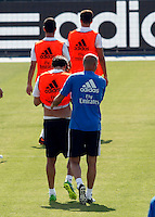 Kaka speaks with  Zidane during Real Madrid´s first training session of 2013-14 seson. July 15, 2013. (ALTERPHOTOS/Victor Blanco) ©NortePhoto
