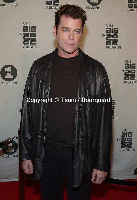 Ray Liotta arrives at the VH1 2002 Big Awards held at the Grand Olympic, on December 4, 2002.            -            LiottaRay03.jpg