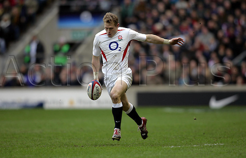 13 February 2005:  England wing JOSH LEWSEY kicks the ball up-field during the RBS Six Nations Championship game between England and France France beat England 18-17 at Twickenham Photo: Glyn Kirk/actionplus...050213 player english.kick kicking