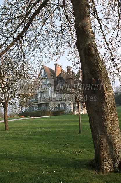 Europe/France/Normandie/14/Calvados/Deauville: La Villa Srassburger Mention Obligatoire