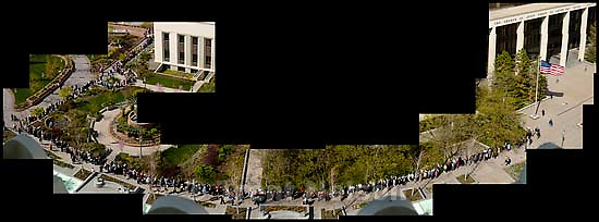 The line for the viewing of Marjorie Hinckley, wife of LDS President Gordon B. Hinckley.<br />