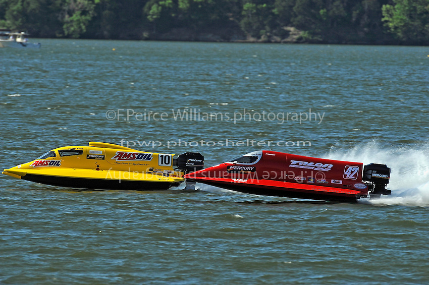 3-4 May 2008, Pickwick,TN USA.Shaun Torrente (42) closes in on leader Terry Rinker..©2008 F.Peirce Williams