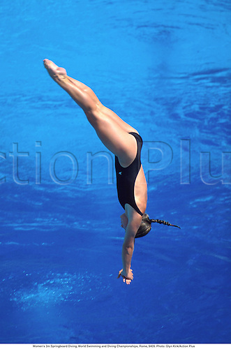 Women's 3m Springboard Diving, World Swimming and Diving Championships, Rome, 9409. Photo: Glyn Kirk/Action Plus...1994.watersports.dive.girl.woman.watersport.diver.divers.