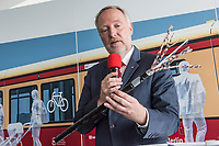Alexander Kaczmarek, Konzernbevollmaechtigter der DB AG und Peter Buchner, Vorsitzender der Geschaeftsfuehrung der S-Bahn stellten am Mittwoch den 18. Juli 2018 die Qualitaetsoffensive der S-Bahn Berlin vor.<br /> Es sollen mehr als 30 Millionen Euro investiert werden um die Infrastruktur zu modernisieren und zusaetzliche Fahrzeugfuehrer ausgebildet werden.<br /> 18.7.2018, Berlin<br /> Copyright: Christian-Ditsch.de<br /> [Inhaltsveraendernde Manipulation des Fotos nur nach ausdruecklicher Genehmigung des Fotografen. Vereinbarungen ueber Abtretung von Persoenlichkeitsrechten/Model Release der abgebildeten Person/Personen liegen nicht vor. NO MODEL RELEASE! Nur fuer Redaktionelle Zwecke. Don't publish without copyright Christian-Ditsch.de, Veroeffentlichung nur mit Fotografennennung, sowie gegen Honorar, MwSt. und Beleg. Konto: I N G - D i B a, IBAN DE58500105175400192269, BIC INGDDEFFXXX, Kontakt: post@christian-ditsch.de<br /> Bei der Bearbeitung der Dateiinformationen darf die Urheberkennzeichnung in den EXIF- und  IPTC-Daten nicht entfernt werden, diese sind in digitalen Medien nach &sect;95c UrhG rechtlich geschuetzt. Der Urhebervermerk wird gemaess &sect;13 UrhG verlangt.]
