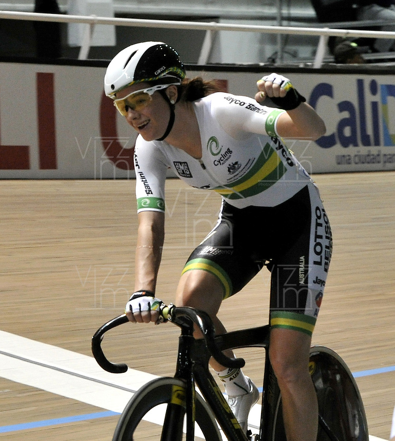 CALI – COLOMBIA – 01-03-2014: Amy Cure de Australia gana la prueba Por Puntos Damas, en el Velodromo Alcides Nieto Patiño, sede del Campeonato Mundial UCI de Ciclismo Pista 2014. / Amy Cure of Australia wins the test Women´s Points Race Final in Alcides Nieto Patiño Velodrome, home of the 2014 UCI Track Cycling World Championships. Photo: VizzorImage / Luis Ramirez / Staff.