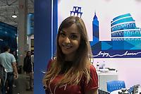 SÃO PAULO, SP. 05.02.2015 - CAMPUS PARTY CAMPUS PARTY 2015/ MULHERES CAMPUSEIRAS/ MOVIMENTAÇÃO/ BELAS – A beleza das mulheres durante a Campus Party 2015 marca presença neste terceiro dia do evento que acontece no Centro de exposições São Paulo, na manhã desta quinta-feira(5), na zona sul de São Paulo. (Foto: Taba Benedicto / Brasil Photo Press)