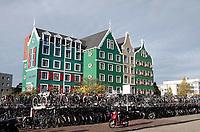 Nederland Zaandam 2018. Het Zaan Hotel achter het station.  Foto Berlinda van Dam / Hollandse Hoogte