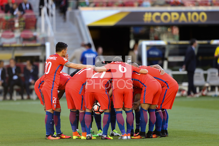 Santa Clara, CA - Saturday June 18, 2016: Chile  during a Copa America Centenario quarterfinal match between Mexico (MEX) and Chile (CHI) at Levi's Stadium.