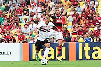 RIO DE JANEIRO, 18.05.2014 -  Luis Fabiano do São Paulo durante o jogo contra Flamengo pela quinta rodada do Campeonato Brasileiro disputado neste domingo no Maracanã. (Foto: Néstor J. Beremblum / Brazil Photo Press)