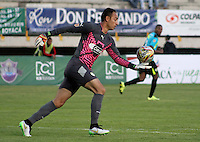 TUNJA -COLOMBIA, 24-02-2016. Diego Alejandro Novoa arquero de La Equidad durante partido con Patriotas Fc por la fecha 6 de la Liga Águila I 2016 realizado en el estadio La Independencia en Tunja./ Diego Alejandro Novoa goalkeeper of La Equidad during match agaisnt Patriotas FC for the date 6 of Aguila League I 2016 at La Independencia stadium in Tunja. Photo: VizzorImage/César Melgarejo/ Cont