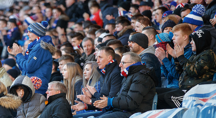 Rangers supporters applause on 14th minute for Codee Hillen