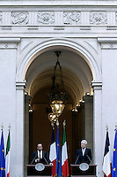 Francois  Hollande e Mario Monti .Roma 14/06/2012 Conferenza stampa al termine dell' incontro a Palazzo Chigi tra il Presidente del Consiglio Italiano, e il Presidente Francese..Foto Serena Cremaschi Insidefoto