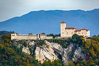 Italy, Lombardia, Angera: castle Rocca di Angera | Italien, Lombardei, Angera: Kastell Rocca di Angera
