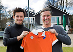 BLOEMENDAAL -  Floris Jan Bovelander  (Topmusch) met de Belg Arthur van Doren . Van Doren is de nieuwe aanwinst van  Bloemendaal . COPYRIGHT KOEN SUYK