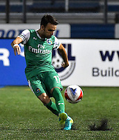 HEMPSTEAD - USA. 13-07-2016: Ayose Perez jugador de New York Cosmos en acción durante el encuentro entre New York Cosmos y Jacksonville Armada FC  por la temporada de otoño 2016 de la North American Soccer League (NASL) jugado en el estadio James M. Shuart Stadium de la ciudad de Hempstead, NY./Ayose Perez of Jacsonville Armada in action during the match betweem New York Cosmos and Jacksonville Armada FC in match for the fall season 2016 of the  North American Soccer League (NASL) played at James M. Shuart Stadium in Hempstead, NY. Photo: VizzorImage/ Gabriel Aponte / Staff