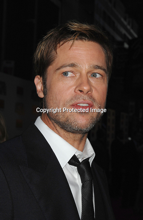 """Brad Pitt..arriving at The US Premiere of""""The Assassination of Jesse ..James by the Coward Robert Ford"""" on September 18, 2007 at The Ziegfeld Theatre in New York. ..Robin Platzer, Twin Images....212-935-0770"""