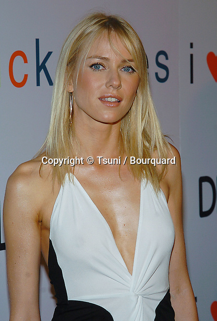 Naomi Watts arriving at the I Love Huckabees Premiere at the Grove Theatre in Los Angeles. January 20, 2004