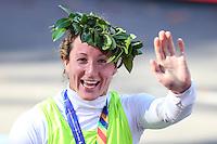 NEW YORK, NY, 06.11.2016 - MARATONA-NEW YORK - Tiffiney Perry da Nova Zelandia comemora vitória  na Maratona Internacional de New York  nos Estados Unidos neste domingo, 06. (Foto: William Volcov/Brazil Photo Press)