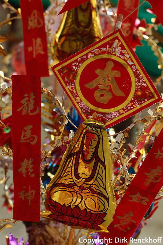 Amulettverkauf vor Tempel in Kanton, China.