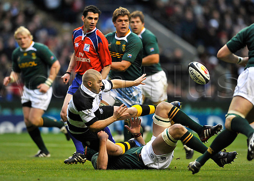 4.12. 2010. Drew Mitchell (Aus) NSW Waratahs pass the ball back. Mastercard Trophy match between South Africa and The Barbarians at Twickenham Stadium, London, England. 4th December 2010.