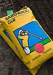HILVERSUM - Inzaaien van de tee van hole 1,Veranderingen aan de baan van Hilversumsche Golf Club. COPYRIGHT KOEN SUYK
